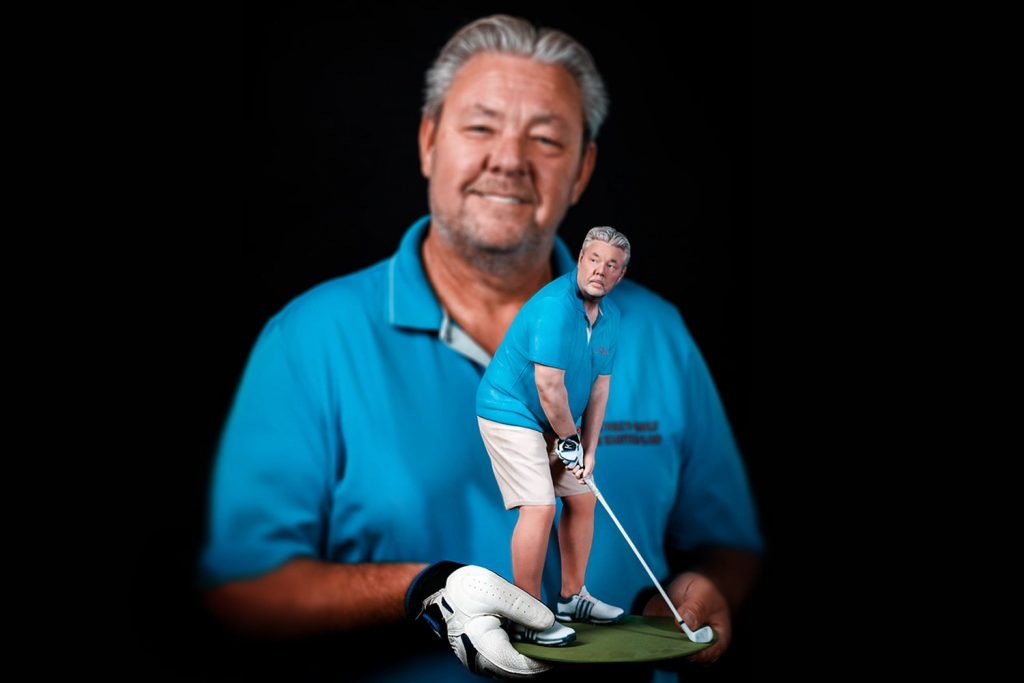 3D figure of a golfer