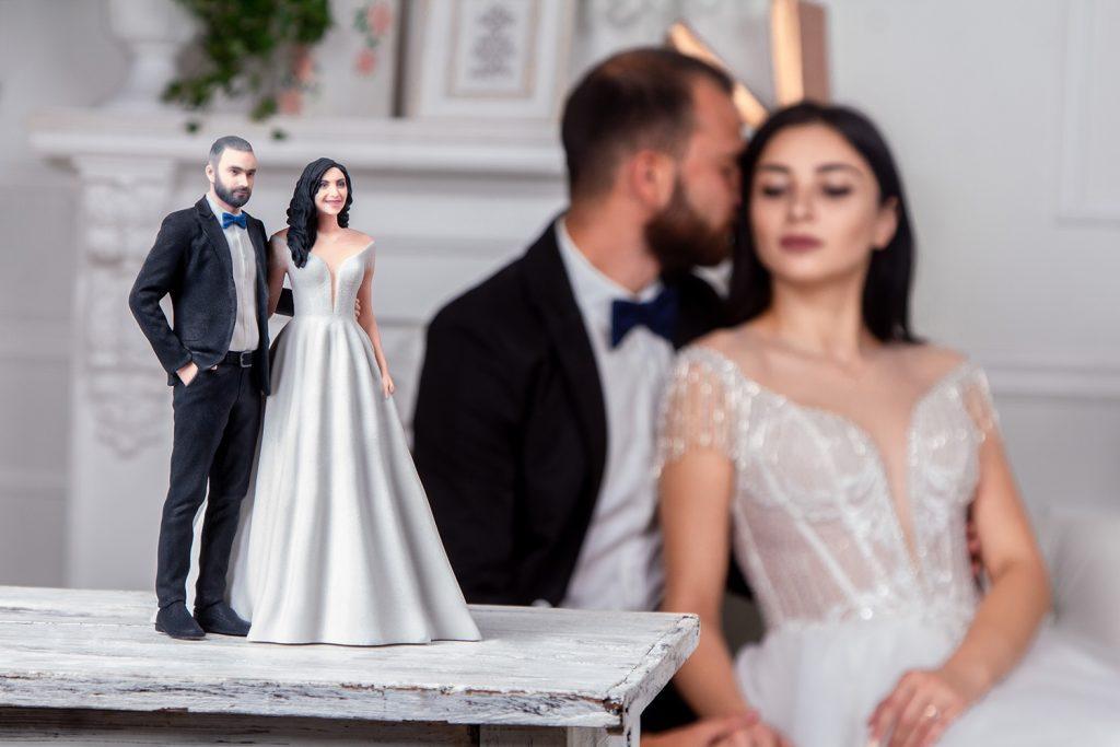 3d figure wedding